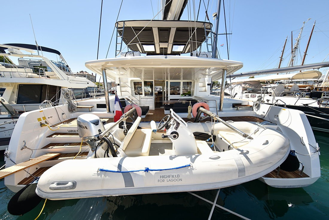 Lagoon 52, Largo Winch CREWED