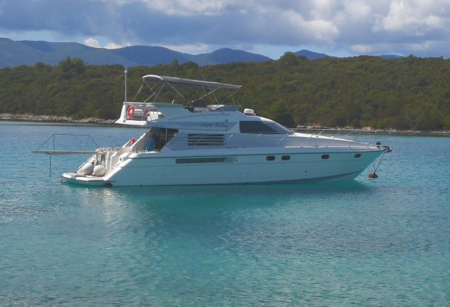 MYACHTS 18 / Fairline 59